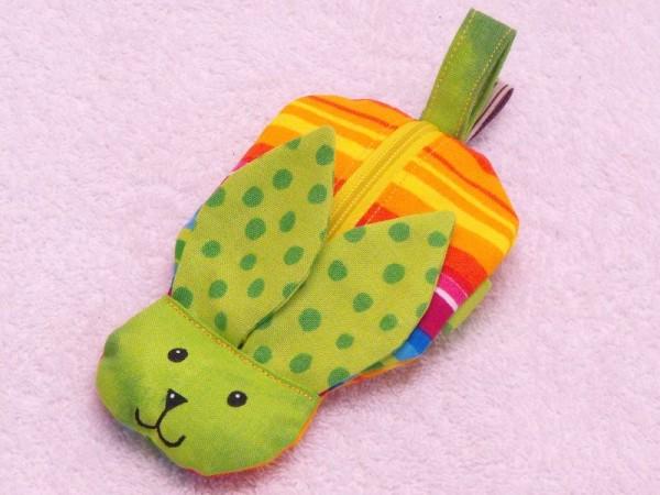 Mini Tasche - Handgelenktasche Hase in grün