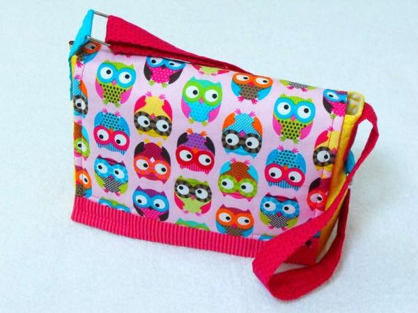 Kindergartentasche mit bunten Eulen