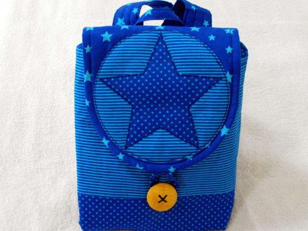 Kinderrucksack blau mit Stern